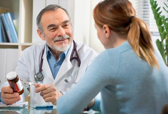 Xạ hoặc hóa trị gây buồn nôn