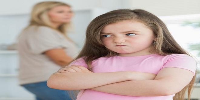Điều chỉnh và phòng tránh hành vi khi bé hung hăng, hờn dỗi