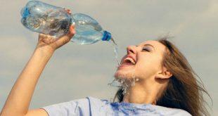 Giữ cơ thể đủ nước: Vì sao quan trọng đến vậy?