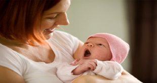 chăm sóc trẻ khỏe giai đoạn 1 tháng tuổi