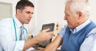 Tiêm chủng cúm cho người lớn tuổi