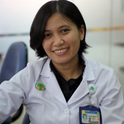 BS. Hoàng Minh Tú Vân