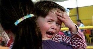 Đánh giá khẩn cấp tình trạng đau đầu ở trẻ