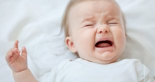 Vì sao con bạn khóc và cách xử lý