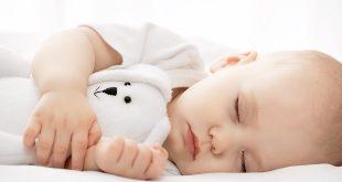 Bé tự ngủ