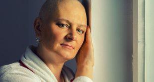 Ứng phó với những tác dụng phụ khi điều trị ung thư