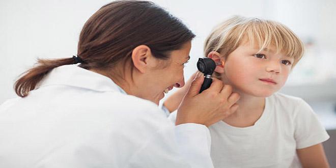 Sơ cứu tại nhà - Làm gì khi côn trùng chui vô lỗ tai?