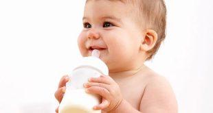 Thức ăn và cách cho ăn ở trẻ nhũ nhi - khuyến cáo của Hội đồng Nhi khoa Hoa Kỳ