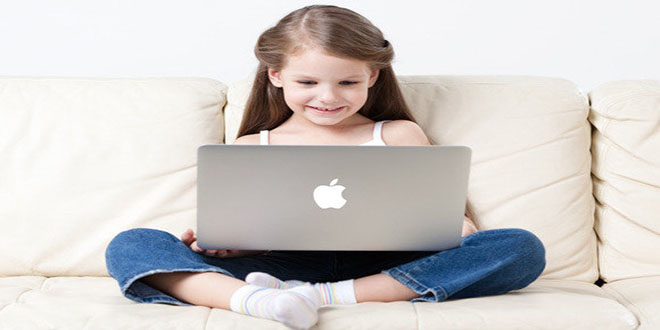 Con trẻ và thời gian ngồi trước màn hình
