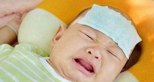 Có nên hạ sốt cho trẻ khi chưa kịp gặp bác sĩ?
