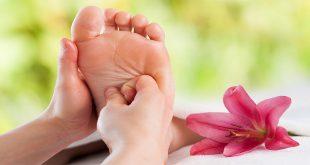 Liệu pháp mùi thơm và phương pháp bấm huyệt bàn chân làm giảm tác dụng phụ của bệnh nhân ung thư.